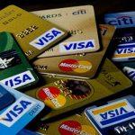 So sánh 2 loại thẻ ghi nợ Debit Card và thẻ tín dụng Credit Card